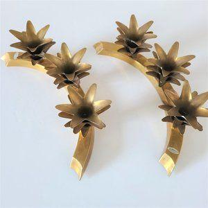 Set of 2 Brass Candleholder Stands.